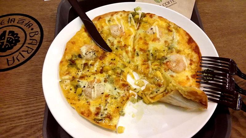 トルティーアピザ